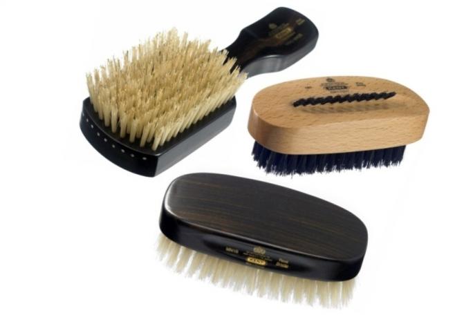 Cepillos y esponjas de aseo